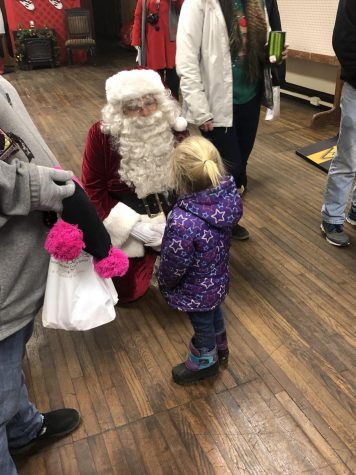 Students Bring Holiday Cheer to Many