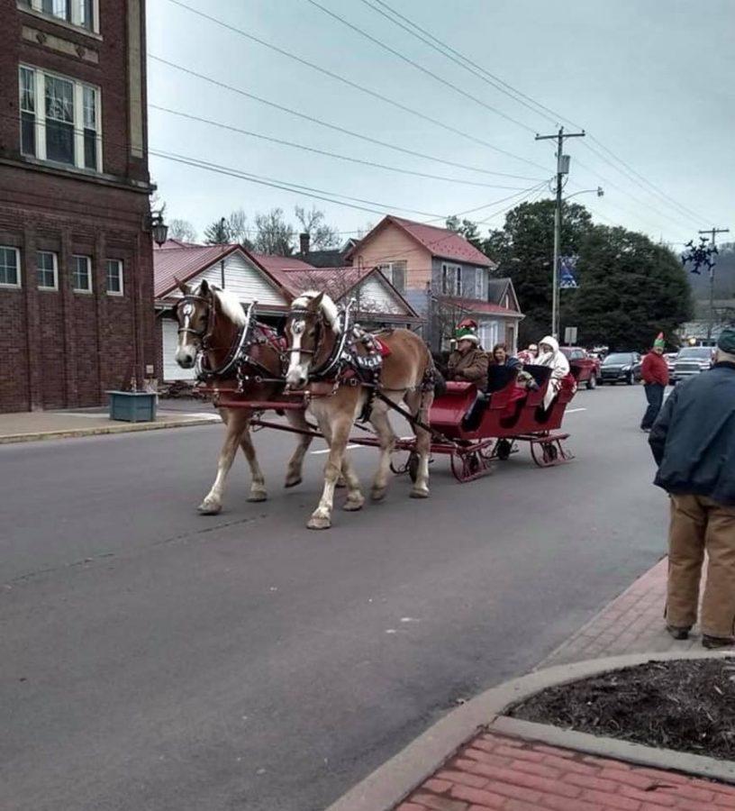 Holiday Festivities Take Place Around Weston